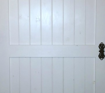 Cheap & Easy DIY Barn Door