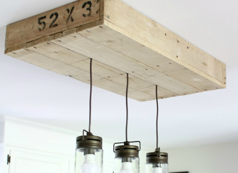 Remodelaholic How To Make A Pallet Wood Light Box