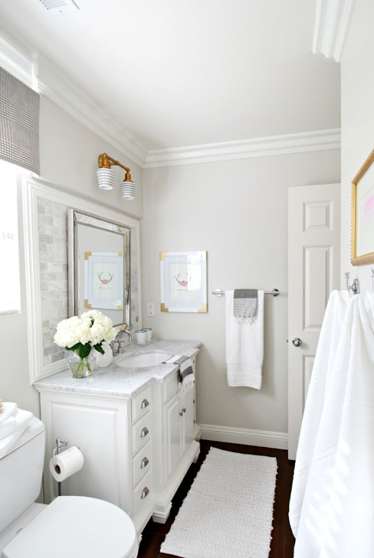 Wall color is Pale Oak by Benjamin Moore. Color Spotlight Remodelaholic