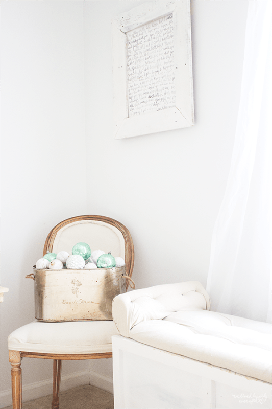 19 Add Christmas Decor To Your Bedroom In Subtle Ways, By We Lived Happily Ever After Featured On @Remodelaholic