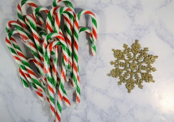 Materials for a gorgeous candy cane wreath