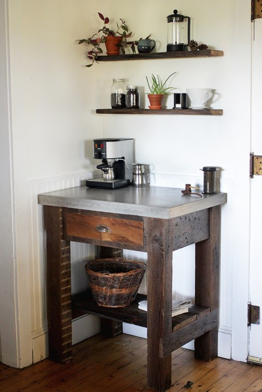 20 Reclaimed Wood DIY Projects The Merrythought