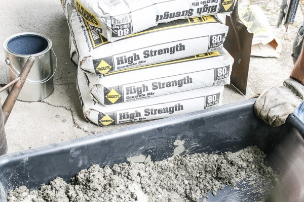 6 How To Lay A Concrete Hearth In Your Home By She Holds Dearly Featured On @Remodelaholic