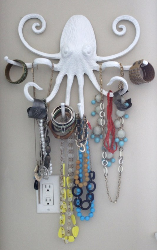 DIY Jewelry Organizer Ideas Simple Styling
