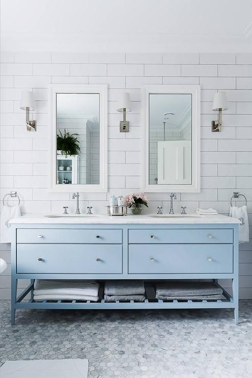 Bold Colorful Bathroom Inspiration |