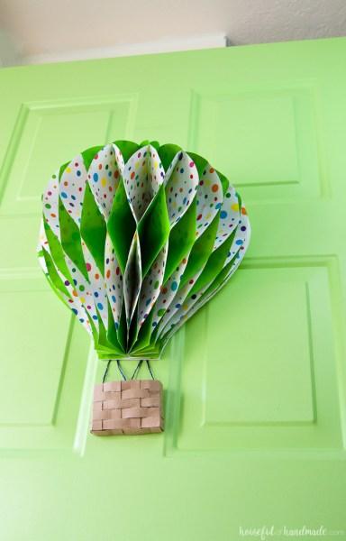 Hot Air Balloon Spring Wreath 4