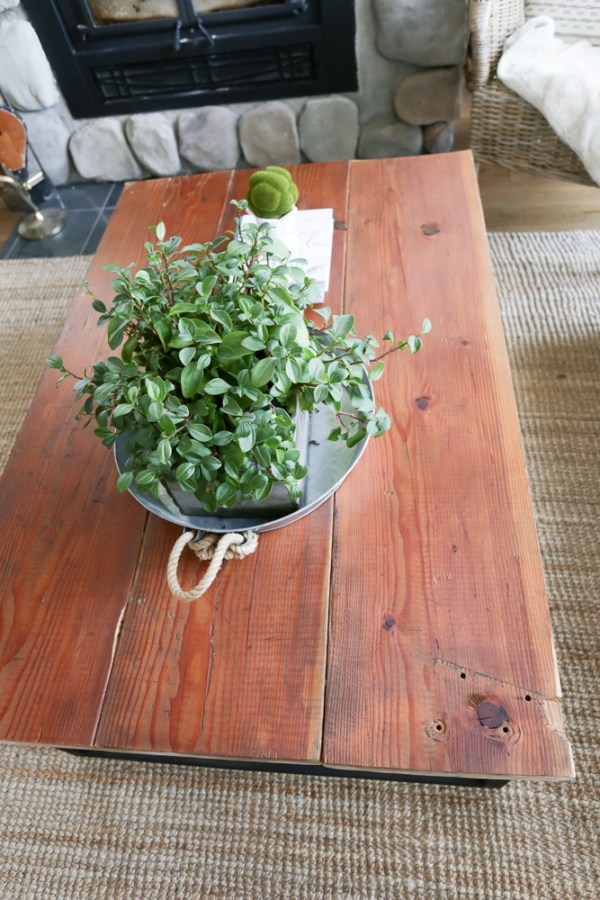 DIY Reclaimed Wood Coffee Table 19 This Mamas Dance