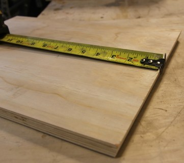 Feat Measuring Tape Plywood @Remodelaholic