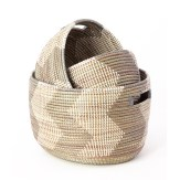 Bold Wallpaper Decor Tips, Woven Baskets
