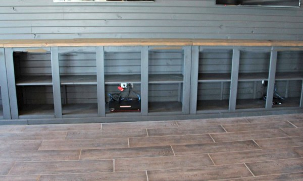 How To Build A Sliding Barn Door Console For Your Man Cave 26
