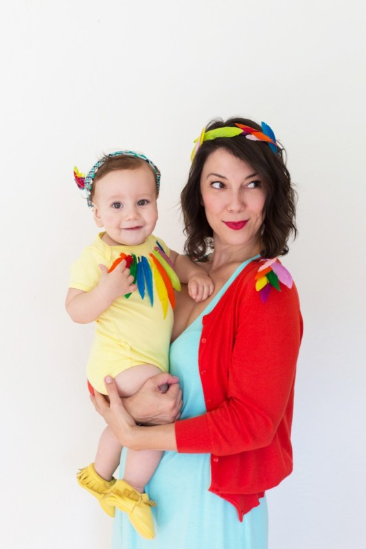 Diy Mom And Baby Bird Halloween Costume1 800x1200
