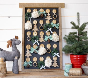 Rustic Farmhouse Christmas Ornament Advent Calendar