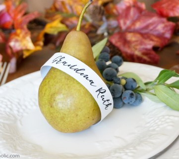 FREE Customizable Printable Place Cards and Thanksgiving Printable Transfer