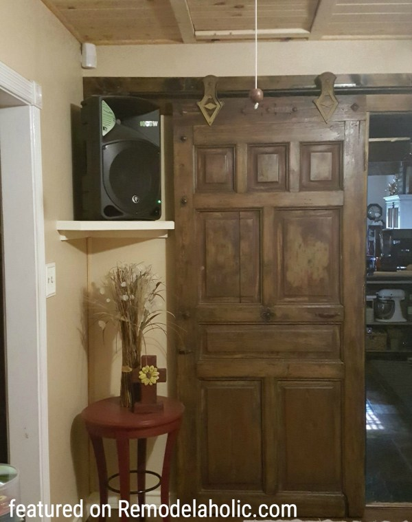 Old Farmhouse Door Featured On Remodelaholic.com