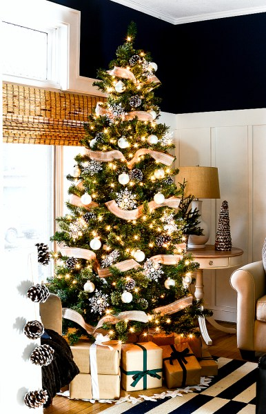 Christmas Decorating Ideas Neutral Burlap White Navy Rustic LIVING ROOM @It All Started With Paint 3 Of 36