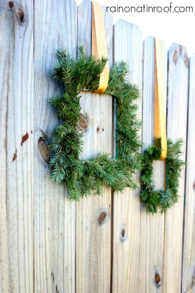 Square Paint Stick Wreaths 2