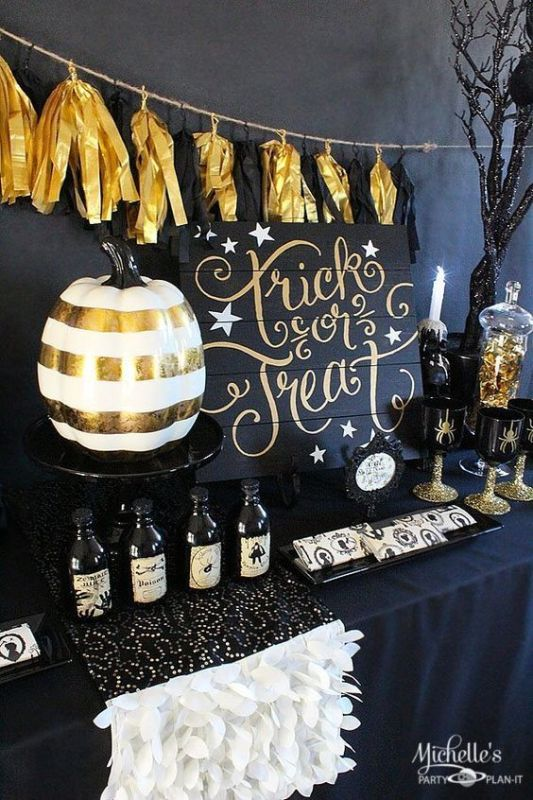 Halloween Party Decor And Inspiration Remodelaholic