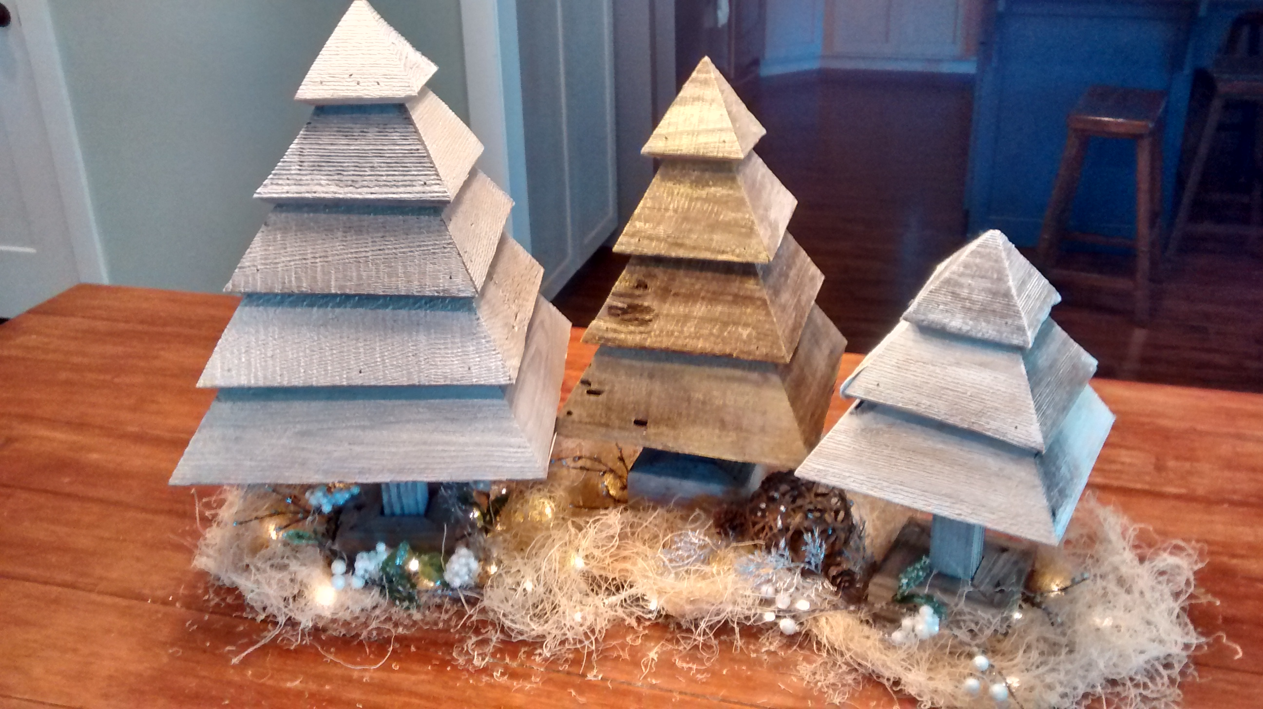 Remodelaholic How To Build 3d Wood Trees For Christmas And