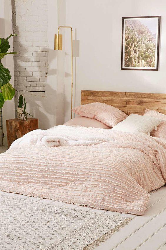 Merveilleux Blush Bedroom Inspiration 8