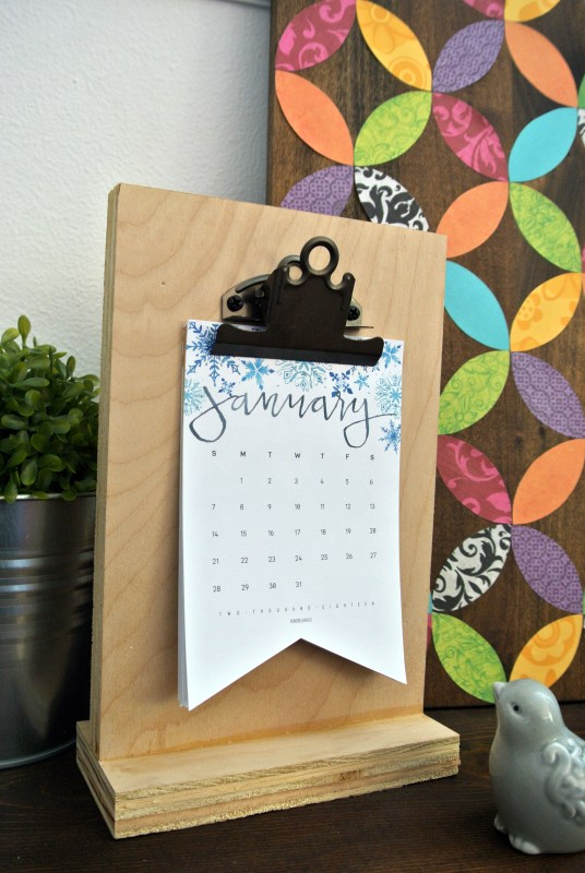 Free Printable Gift Idea, Watercolor Calendar Desk Or Wall Sized @Remodelaholic