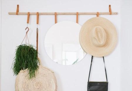 DIY Hanging Entryway Organizer 1 1 778x542@2x