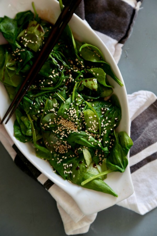 The perfect veggie side for Asian dishes. Try this recipe for Japanese Spinach Salad at Remodelaholic.com