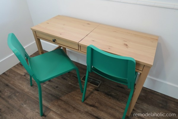 Ikea Desk Hack With Two Hidden Compartments Behind Faux Drawer Fronts For Kids Art And Homework Station #remodelaholic