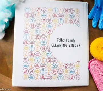 DIY Cleaning Binder Printable Set, Spring Cleaning Checklist, And Kids Chore Chart @Remodelaholic Custom Printable Binder Cover