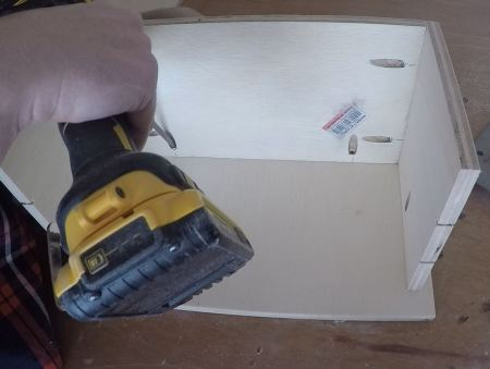 Remodelaholic Spice Cupboard Assemble (28)