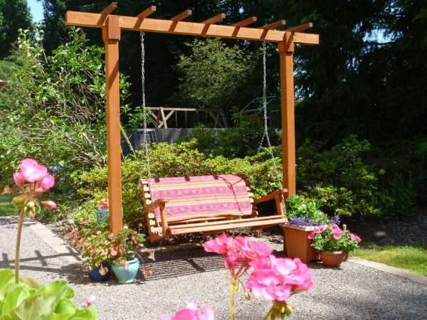 Simple Diy Swing Pergola, Single Girls DIY