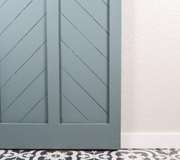 How to Make a DIY Barn Door from an Interior Door