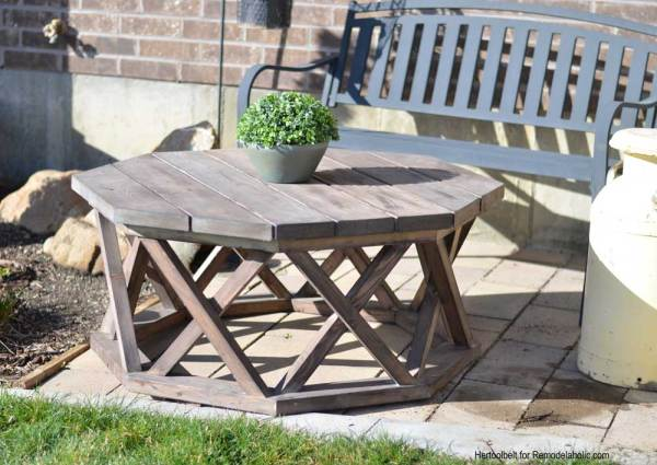 X Base Octagon Outdoor Coffee Table Hertoolbelt