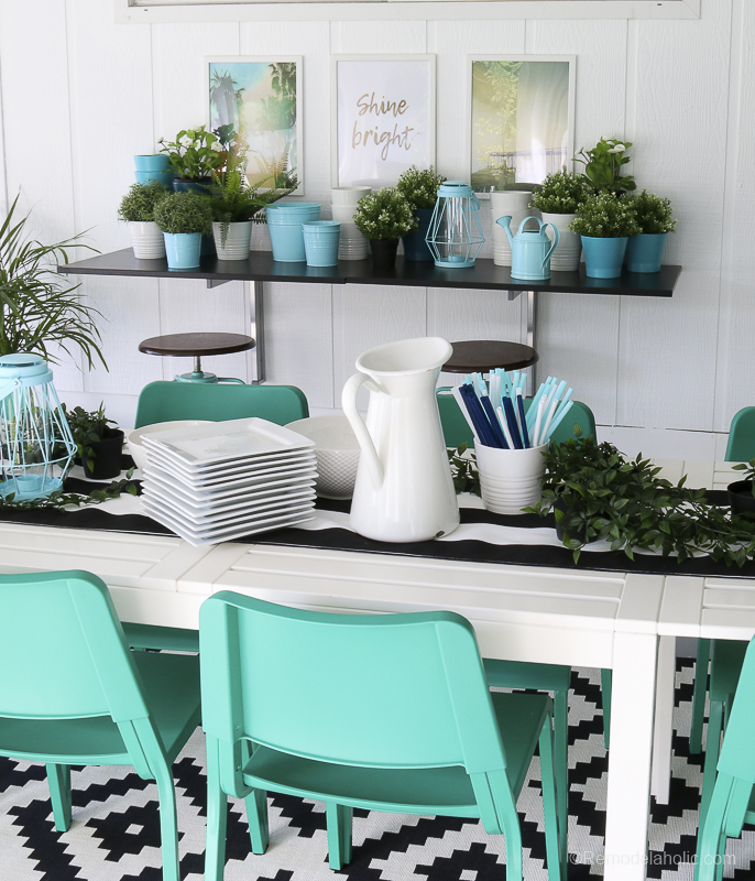 Outdoor Dining Room With IKEA Furniture @Remodelaholic 16