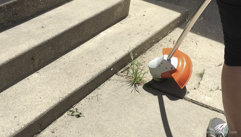 Tips For Trimming And Edging Your Lawn Like A Pro With Stihl @Remodelaholic 21