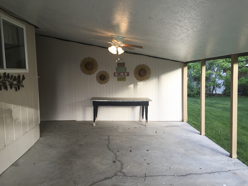How To Paint A Concrete Patio With UGL Epoxy Floor Paint @Remodelaholic 11  ...