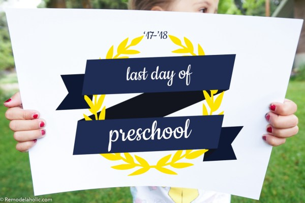 Printable Ribbon Style Last Day Of School Sign For Kids Photos #remodelaholic