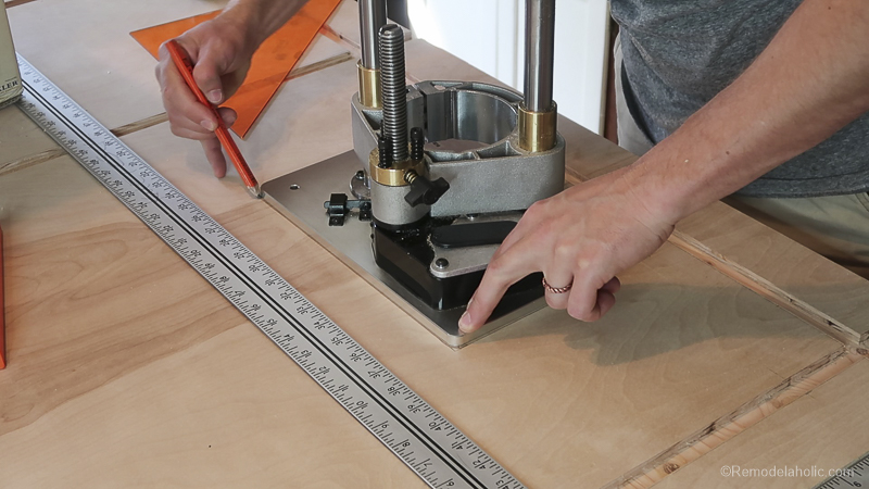 Table Saw Workbench @Remodelaholic 36