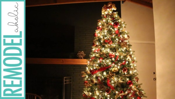 Dollar Store Christmas Tree In Gold And Red #remodelaholic