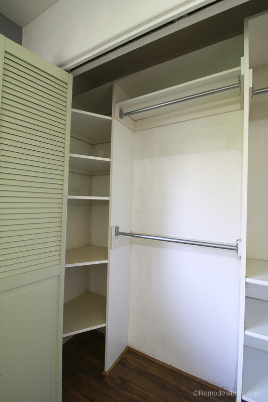IKEA Closet Organizer Built in to existing closet @Remodelaholic 2 2