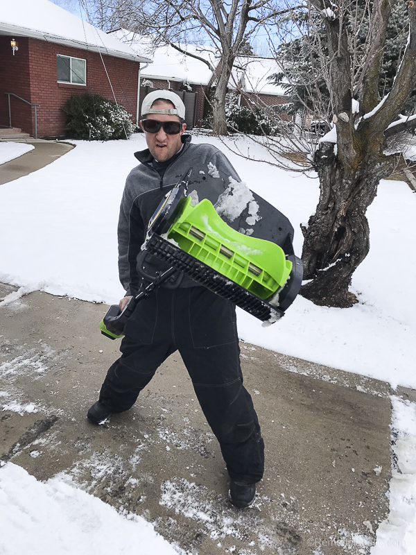 Cordless Electric Snow Shovel @Remodelaholic 4