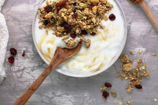 How To Make Granola At Home Fall Harvest Chunky Granola Recipe #remodelaholic