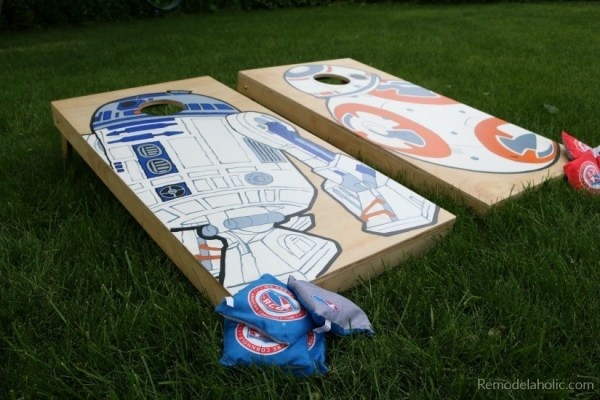 DIY Cornhole Boards With Custom Painted Charaters From Star Wars