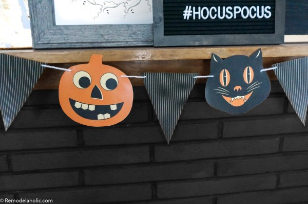 Retro Vintage Printable Halloween Bunting Garland With Jack O Lanterns And Black Cat #remodelaholic