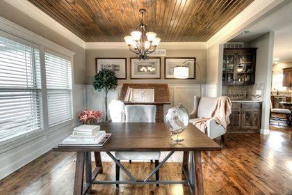 Wooden Floor, Wooden Ceiling, Wooden Table