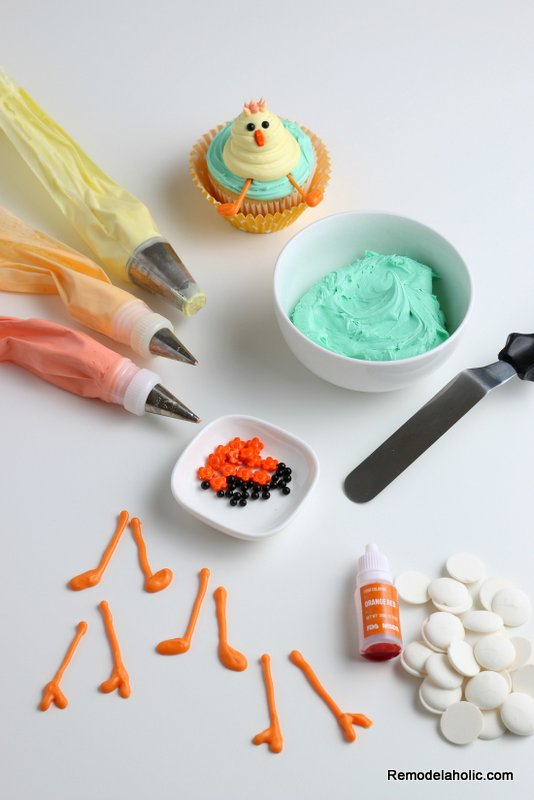 Easter Cupcakes: How to Decorate a Spring Chick Cupcake