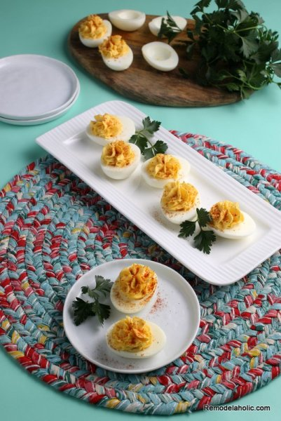How To Make Deviled Eggs Recipe Easy 3 Ingredients Remodelaholic (9)