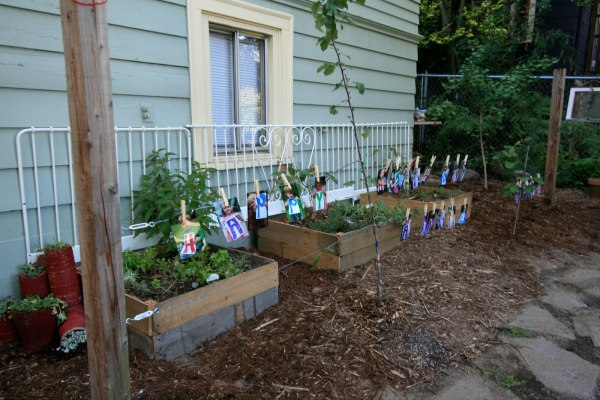 DIY Vegetable Garden Ideas Small Vegetable Garden Raised Boxes, Featured On Remodelaholic