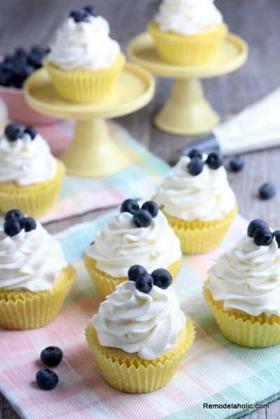 Easy Lemon Cupcake Recipe With Fresh Lemon Juice Remodelaholic (2)