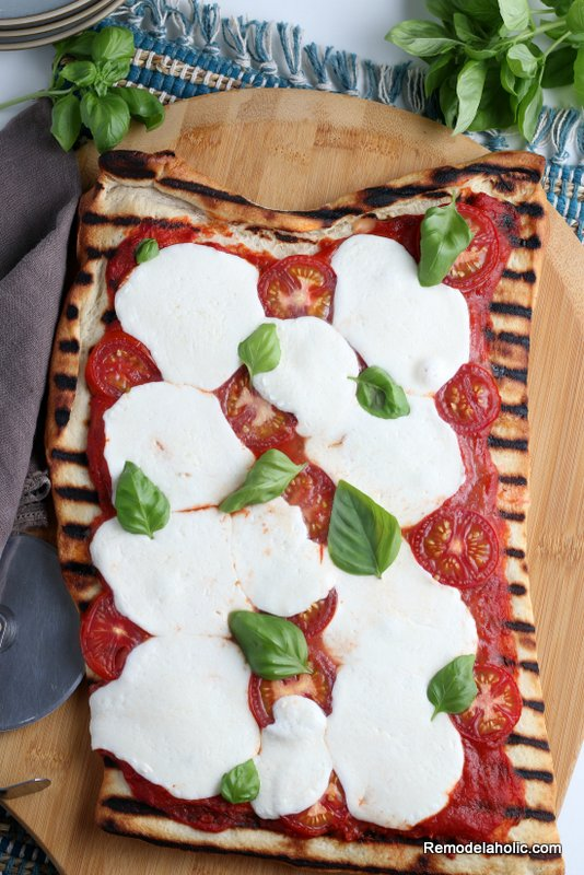 Easy Grilled Pizza Margherita Recipe, Remodelaholic (1)