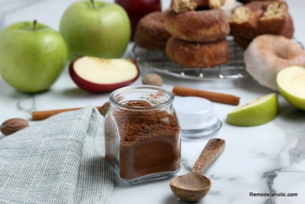 Make Your Own Apple Pie Spice, Remodelaholic